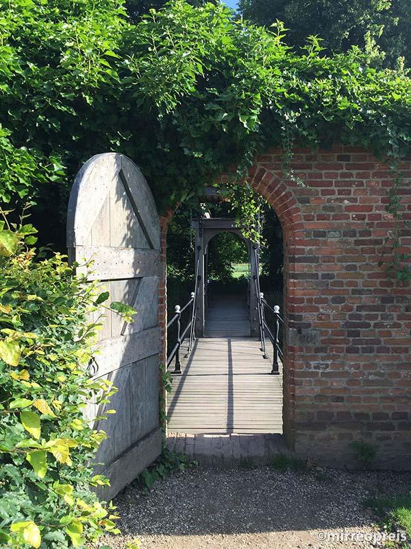 Kasteel Doorwerth poortje