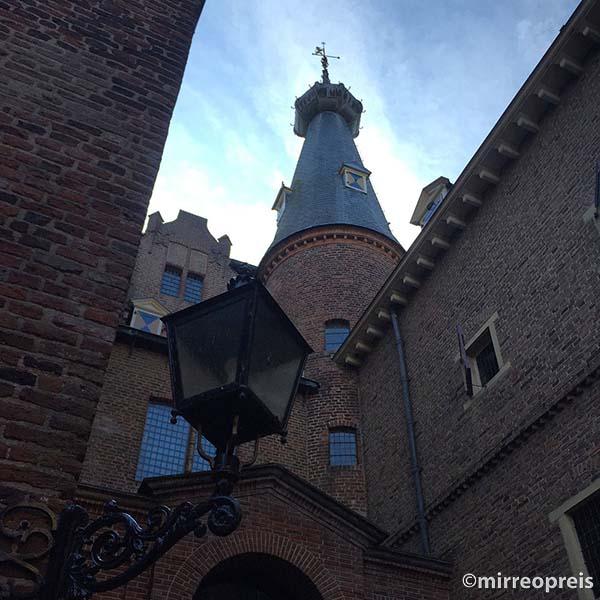 Kasteel Doorwerth binnenplaats