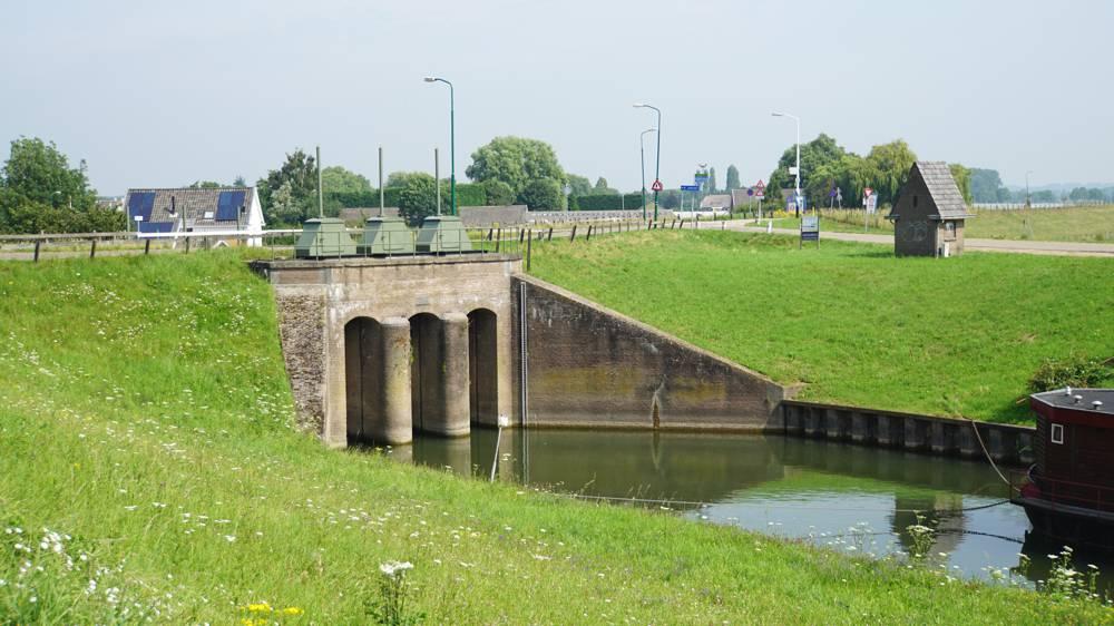 Inundatiesluis Wijk bij Duurstede