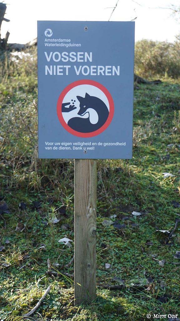 Amsterdamse waterleidingduinen 017 bordje vossen