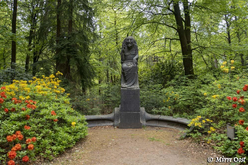Hoge-Veluwe-standbeeld-de-Raadsman-95