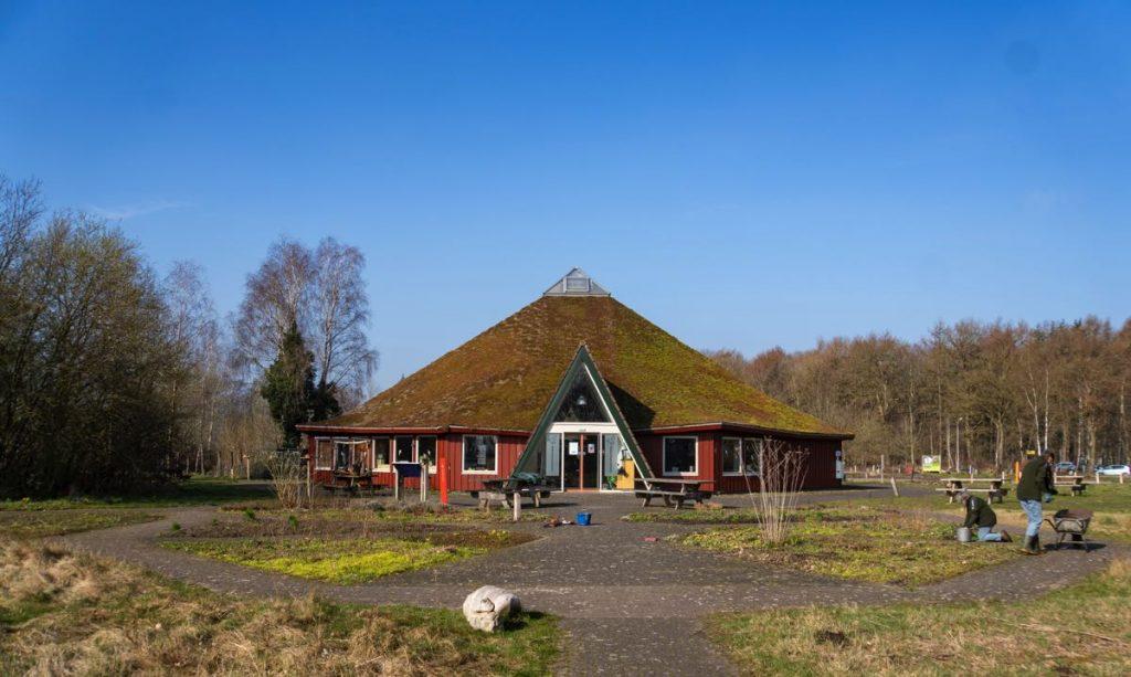 Bezoekerscentrum Dwingelderveld 13